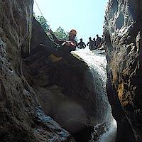 Abseilstelle in der Canyoniongtour Aquasplash