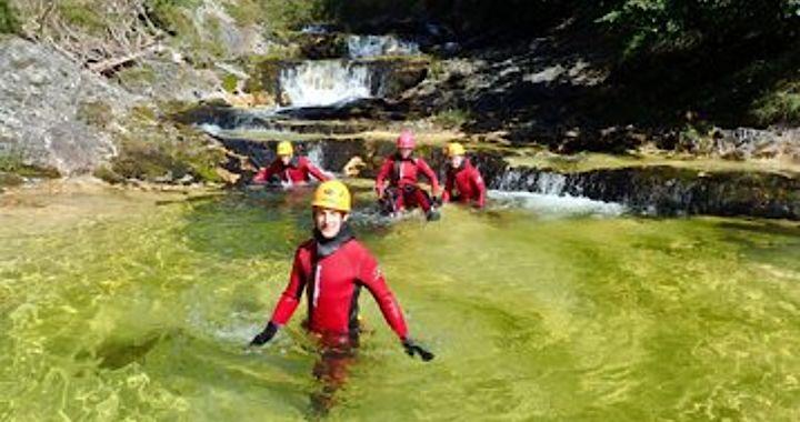 glasklares Wasser in der Canyoningtour Gimbbach